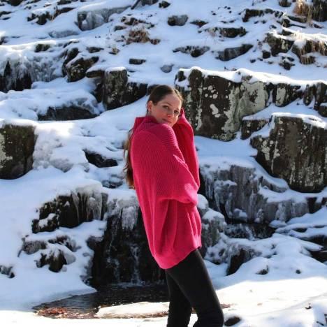fuchsia-femme-luxe-fuchsia oversized jumper-